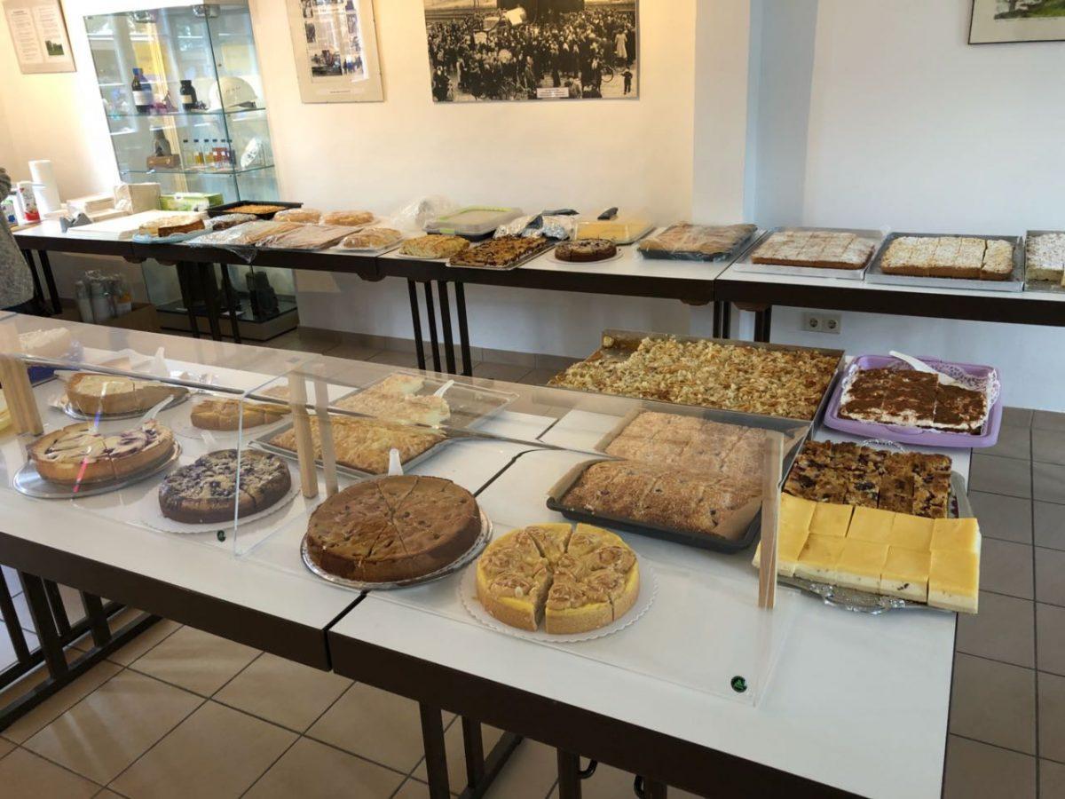 Kuchenspenden für das Kelterfest